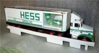 Hess 1987 Toy Truck Bank Tractor Trailer w/ Oil Barrels w/ Box