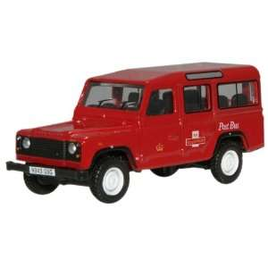 Oxford Red Royal Mail Land Rover Defender 1/76 Scale