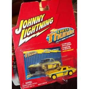 Johnny Lightning Chevy Thunder 1963 Chevy Corvette Toys & Games