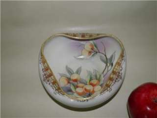 ANTIQUE NIPPON HAND PAINTED BOWL CANDY DISH M MARK FRUIT BERRIES