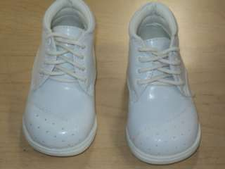 Baby Boy White Leather Christening Baptism shoes/ Size 4